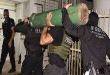 Polícia apreende caminhão desviando cilindros de oxigênio em Manaus 9